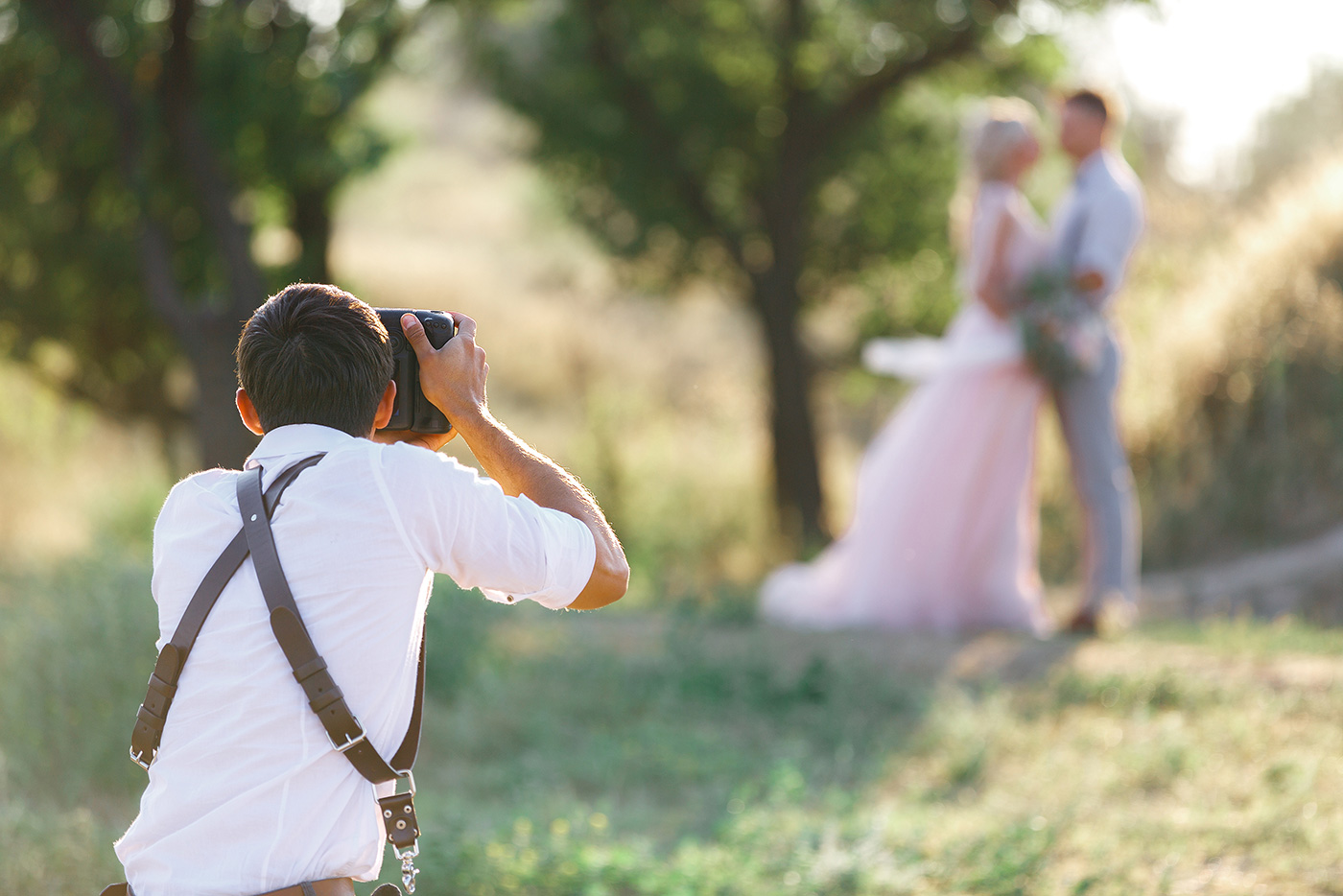 Most Difficult Things About Being a Wedding Photographer