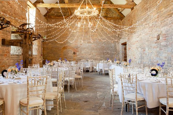 Kerry_Bartlett_Somerset_Wedding_Portrait_Photographer_Almonry_Barn_14