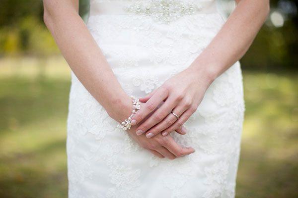 Kerry_Bartlett_Somerset_Wedding_Portrait_Photographer_Almonry_Barn_19