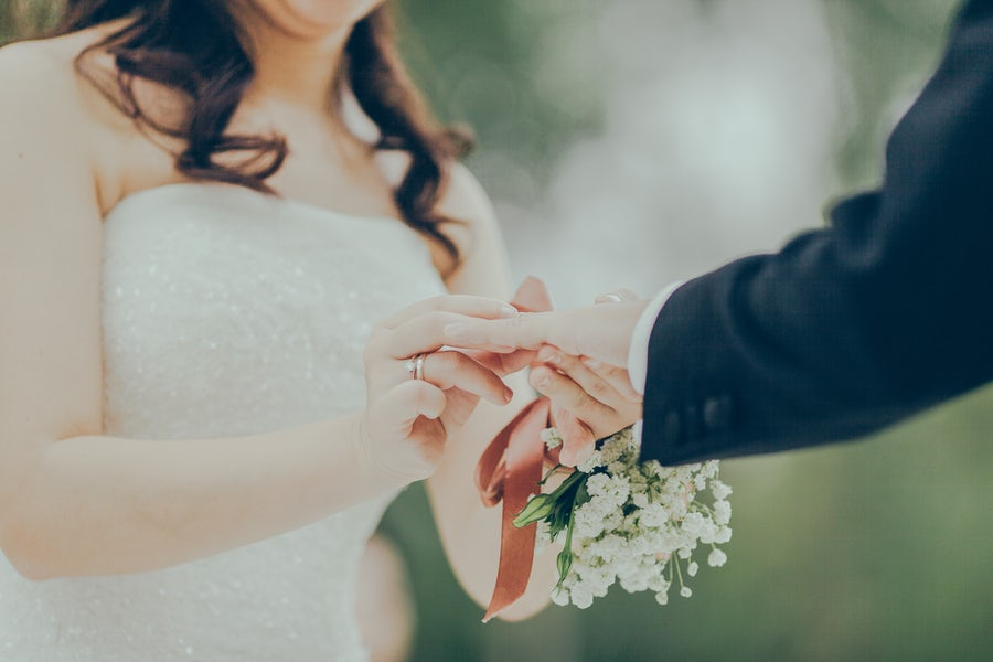 Photographing your First Wedding
