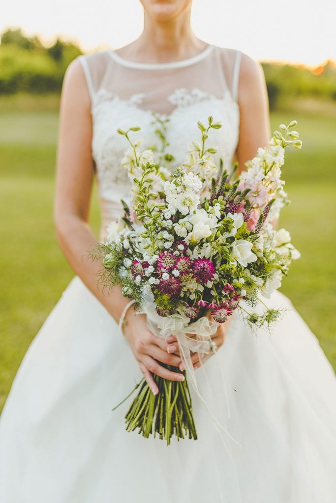 Outdoor Summer Wedding | Photo by Sam