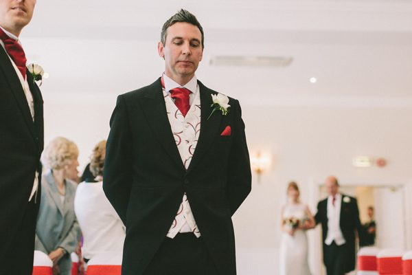English Country Rose Wedding in Tickton, East Yorkshire 08