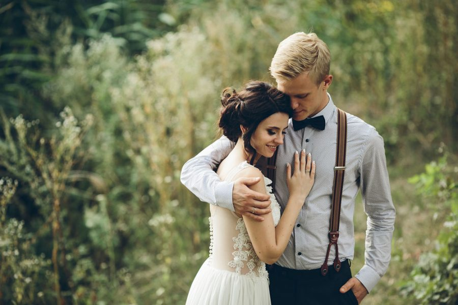 The Secret to Great Wedding Photos & What Not to Do