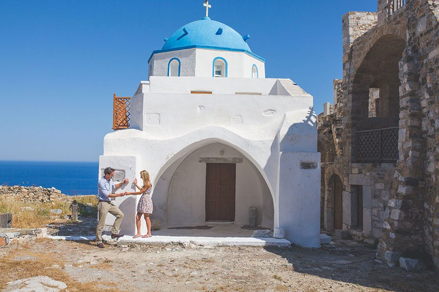 astypalea-greece-engagement-shoot-chora-castle