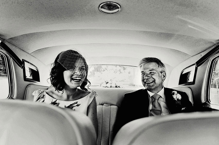 documentary style wedding photos