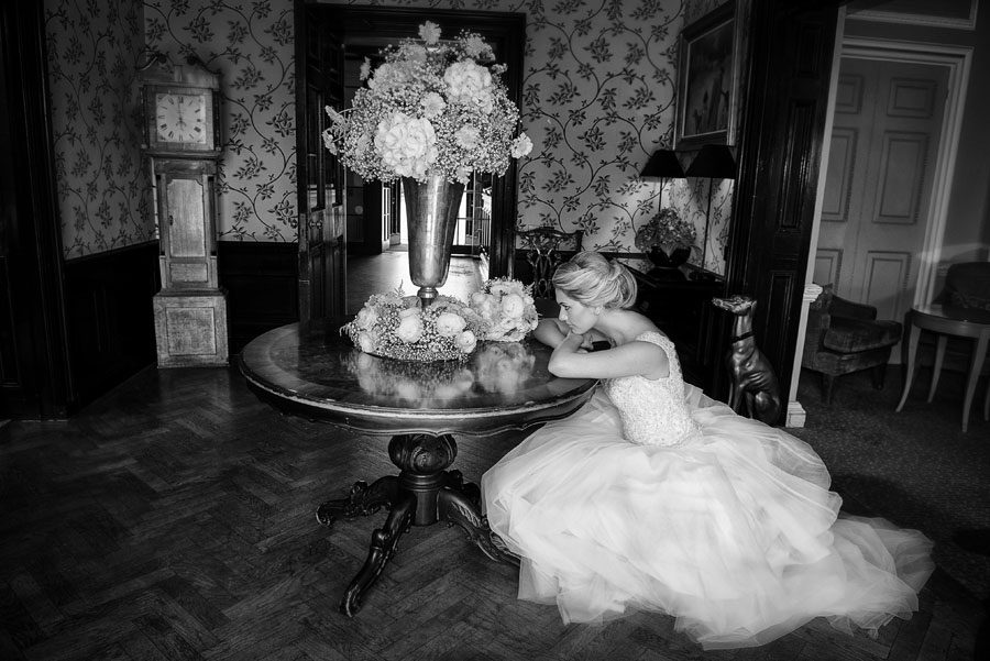 Classic Bride in Manor House