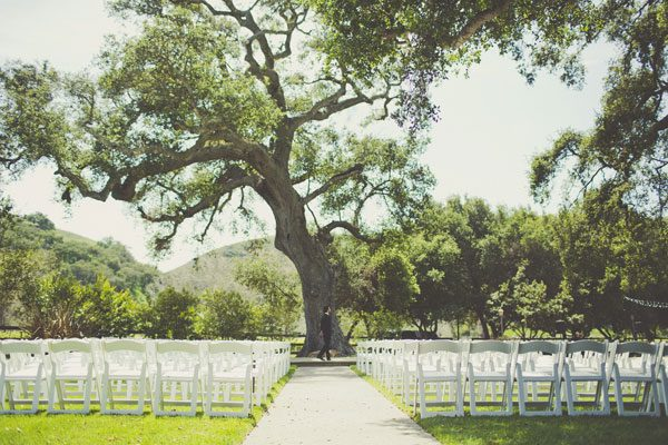 Spring wedding day captured by Sarah Kathleen 08