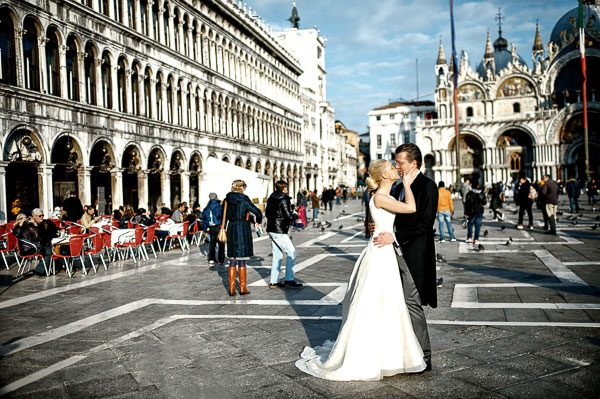 A Beautiful Venice Wedding Shoot